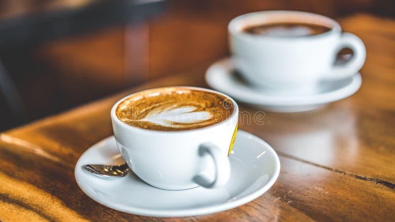 Latte caldo saporito Art Coffee fotografia stock