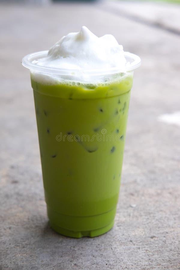Latte do chá verde de Matcha foto de stock