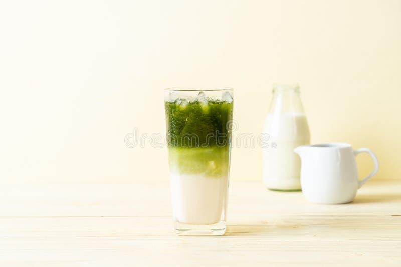 Latte helado del t? verde del matcha fotografía de archivo libre de regalías
