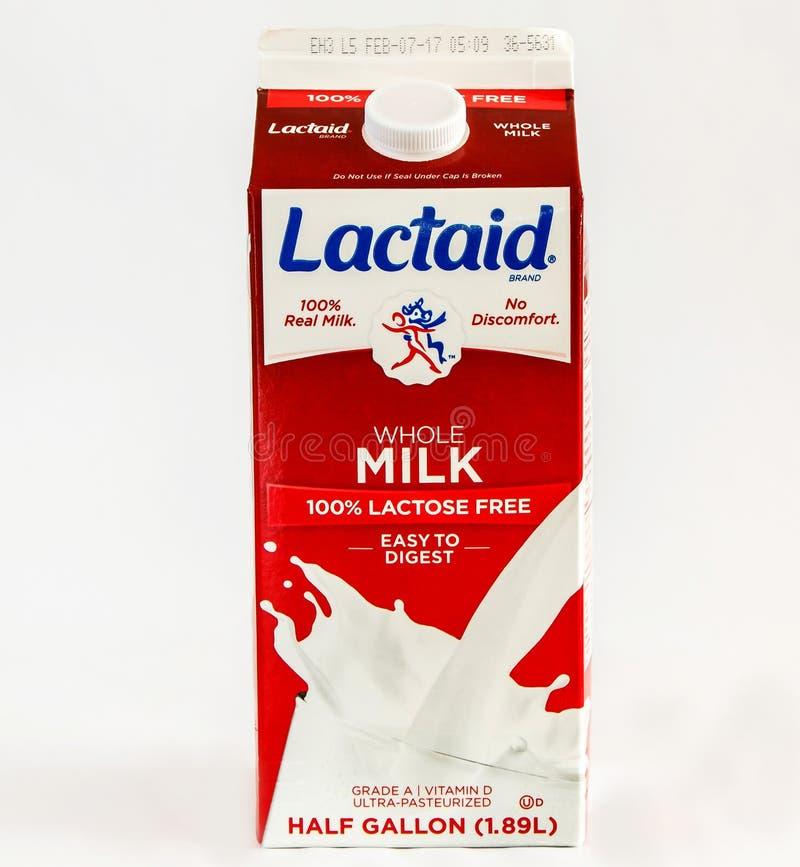Latte intero senza lattosio fotografia stock libera da diritti