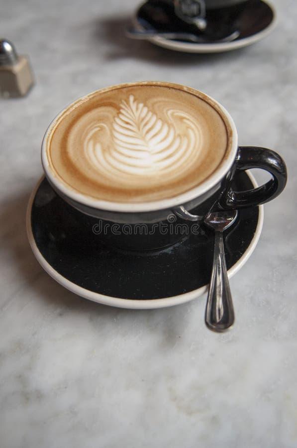 Latte na manhã imagens de stock royalty free