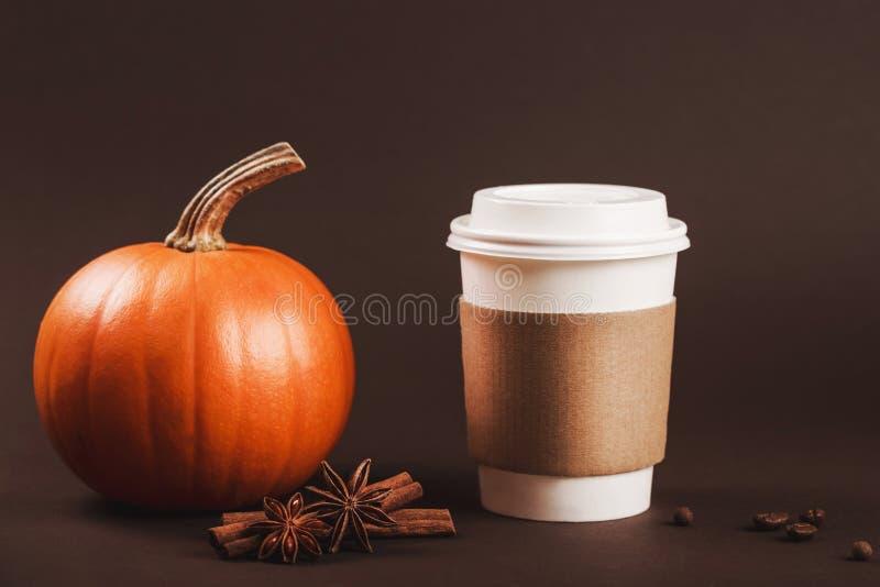 Latte piccante di autunno fotografie stock