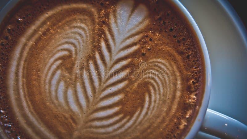 Latte quente saboroso Art Coffee imagens de stock