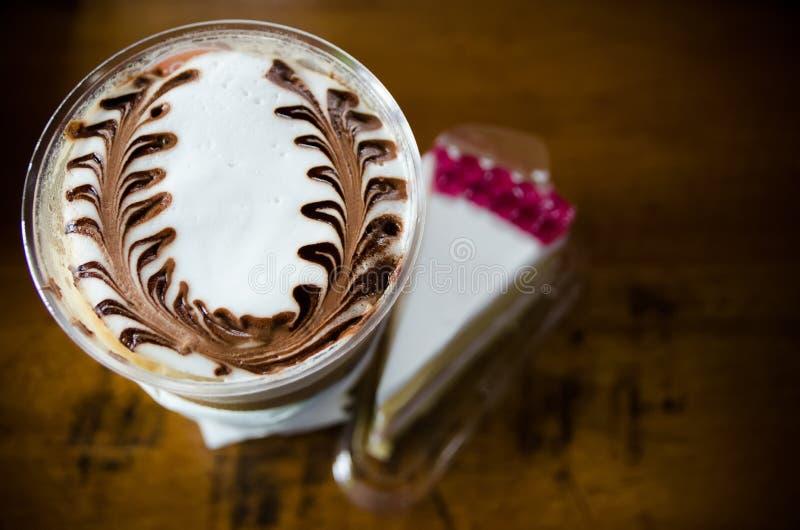 Latte sztuki kawy procesu rocznika styl fotografia stock