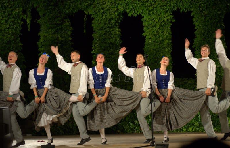 Latvian pocieszny taniec obrazy stock
