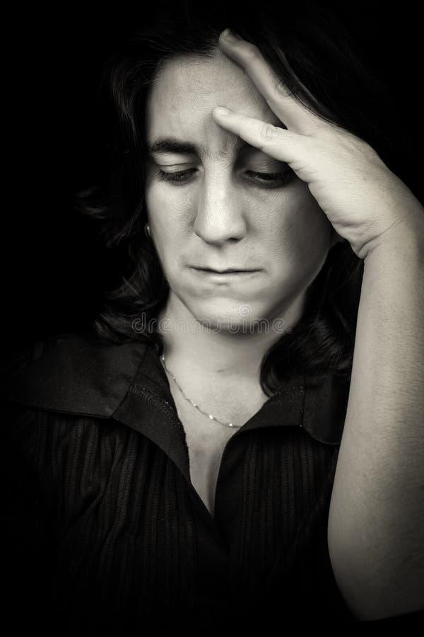 Download Latynoska Kobieta Cierpi Migrenę Obraz Stock - Obraz złożonej z deprymuje, illnesses: 28974671