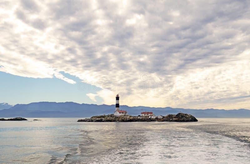 Laufen Sie Felsenleuchtturm und ökologische Reserve, Victoria BC Kanada lizenzfreie stockfotos