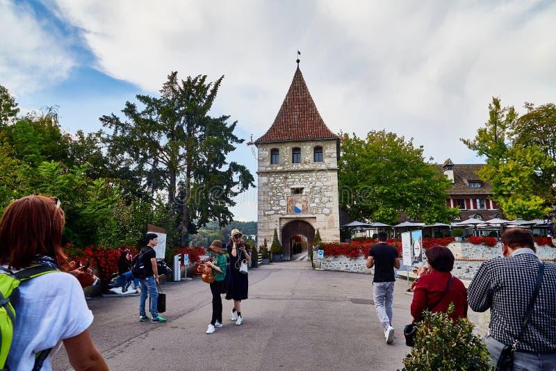 Laufen, Suisse - 19 septembre 2018 : Château de Laufen en Suisse près des chutes du Rhin photographie stock libre de droits