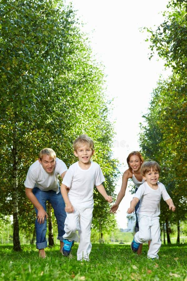 Laufende Kinder lizenzfreie stockbilder