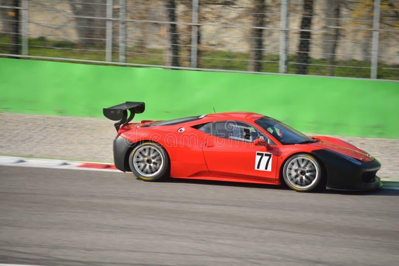 Laufendes Team Pellin Herausforderung Evo 2016 Ferraris 458 lizenzfreies stockfoto