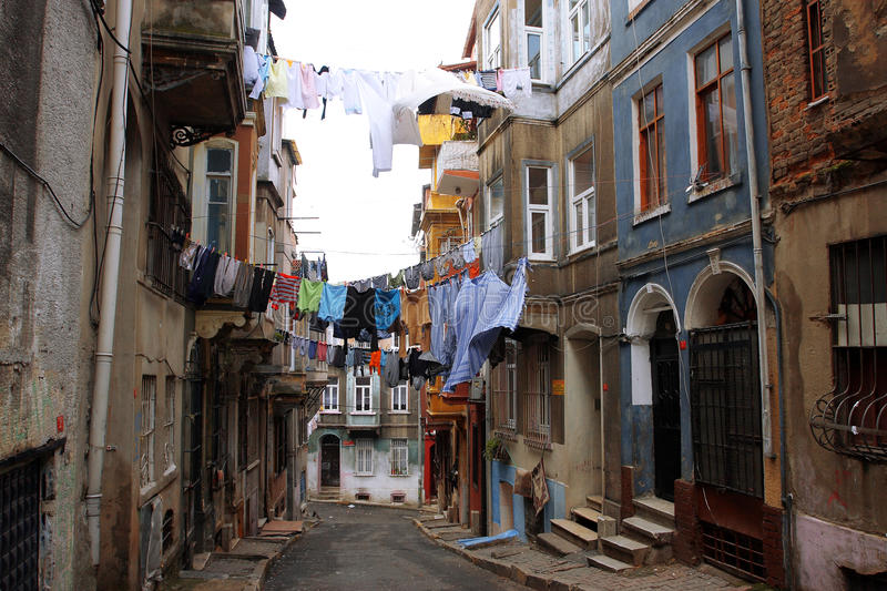 Laundered clothes on the ropes