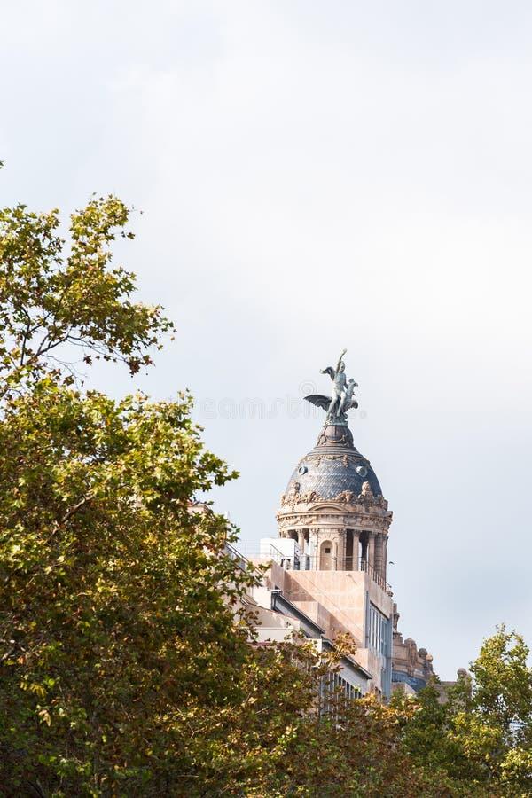Launion y el Fenix Barcelona - Passeig de Gracia - Barcelones royaltyfri bild