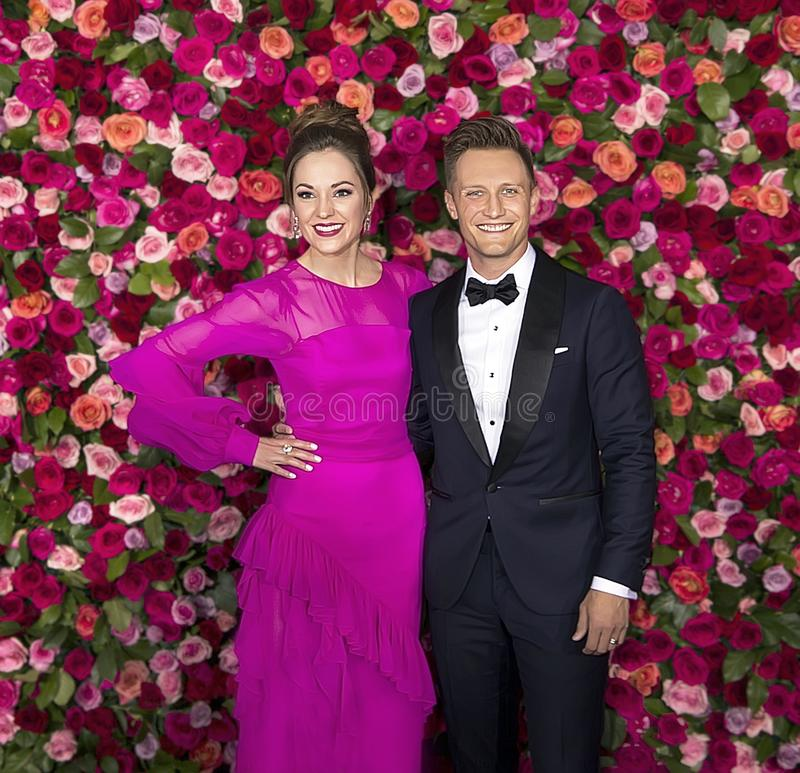 Laura Osnes och Nathan Johnson på Tony Awards 2018 royaltyfria foton