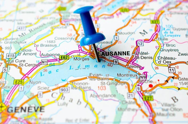 Lausanne op kaart stock foto