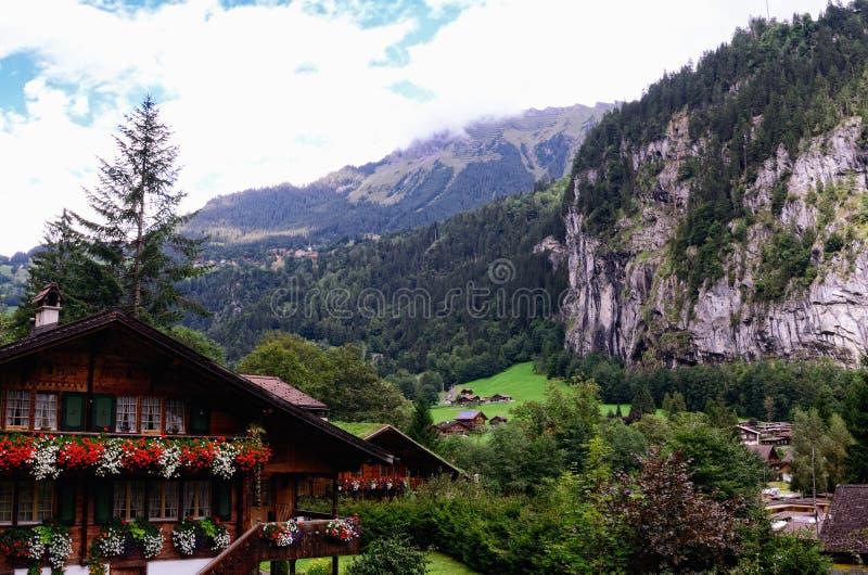 Lauterbrunnen dal, Jungfrau region, Schweiz fotografering för bildbyråer