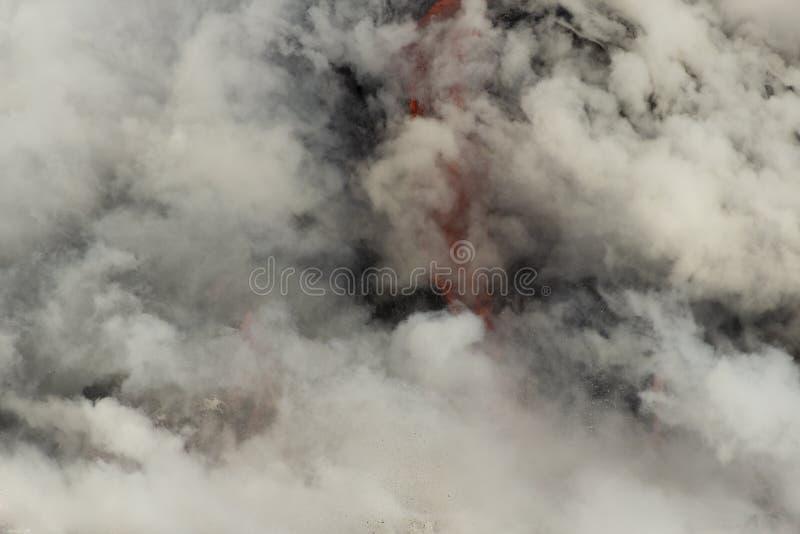 Lava, die den Ozean, große Insel, Hawaii kommt stockfotografie
