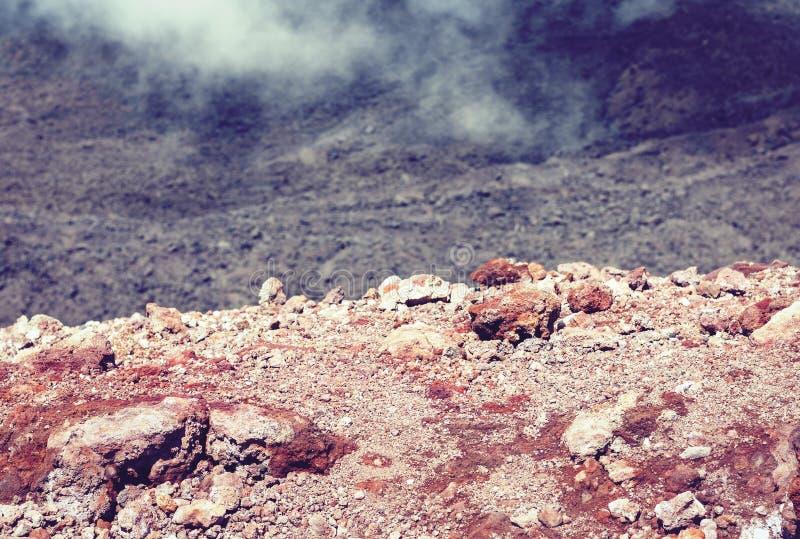 Lava p? Mount Etna, aktiv vulkan p? ostkusten av Sicilien, Italien fotografering för bildbyråer
