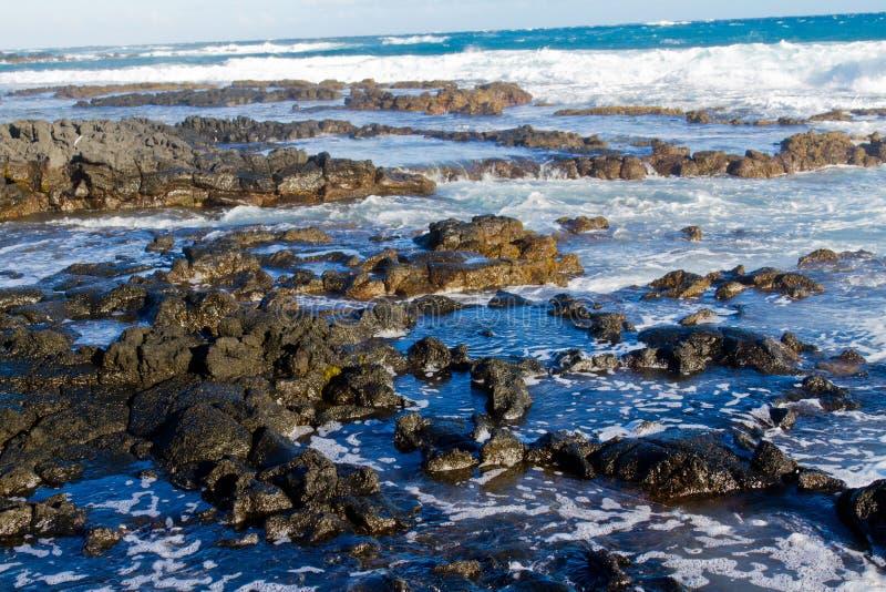 Lava Rocks na ilha grande imagem de stock royalty free
