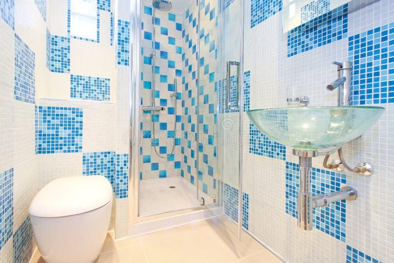 Lavabo blu 2 immagine stock
