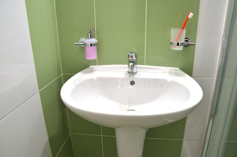 Lavabo contenitore del sapone e spazzolino da denti - Spazzolino bagno ...