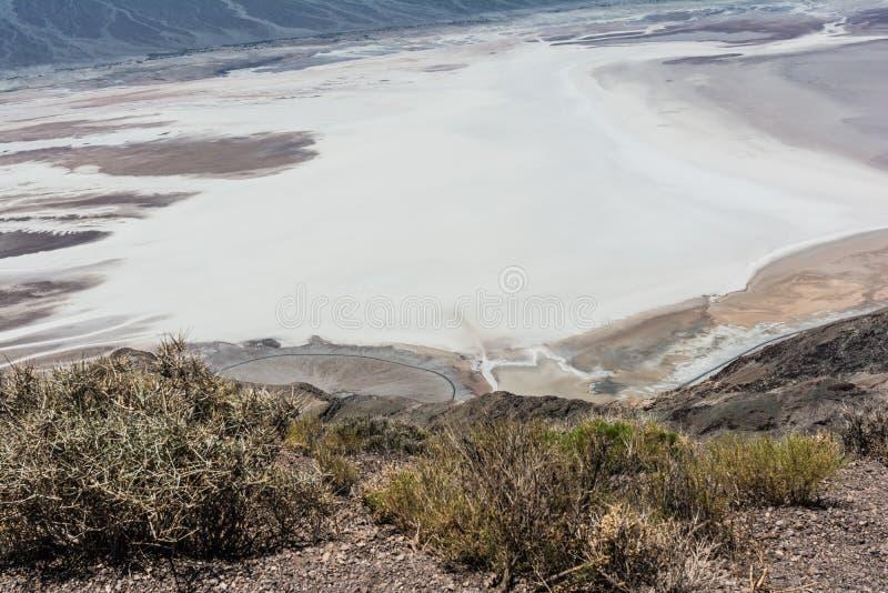 Lavabo de Badwater en el parque nacional de Death Valley, California fotografía de archivo
