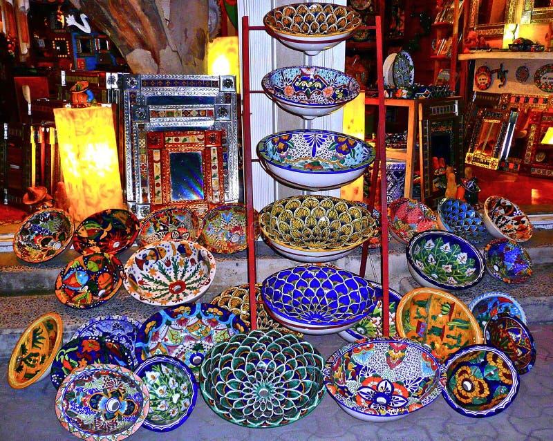 Lavabos mexicanos coloridos fotografía de archivo