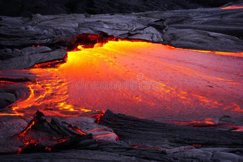 Lavagebied met nieuwe lava in Hawa? stock afbeeldingen