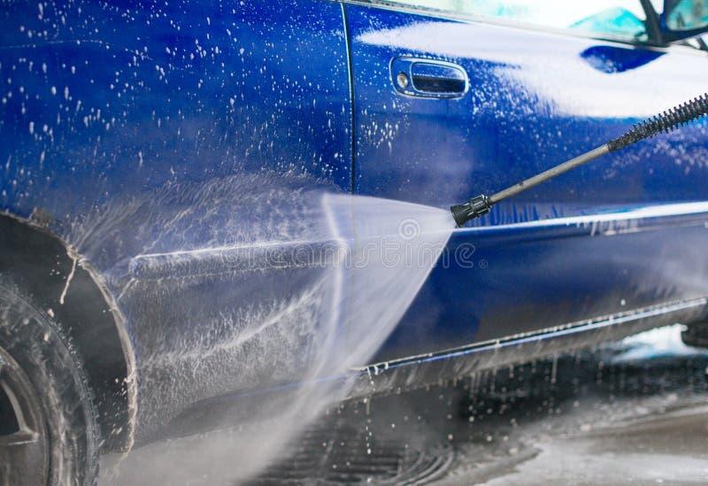 Lavagem de carros azul imagem de stock royalty free