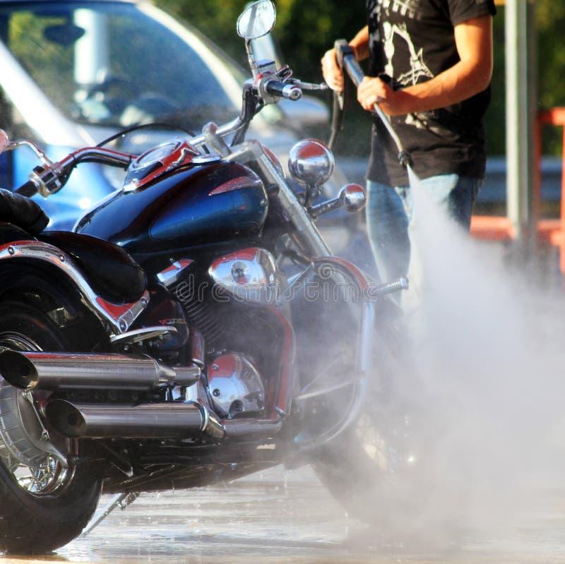 lavagem de carros para motocicletas foto de stock