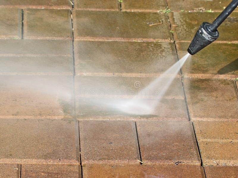 Lavaggio del patio fotografie stock