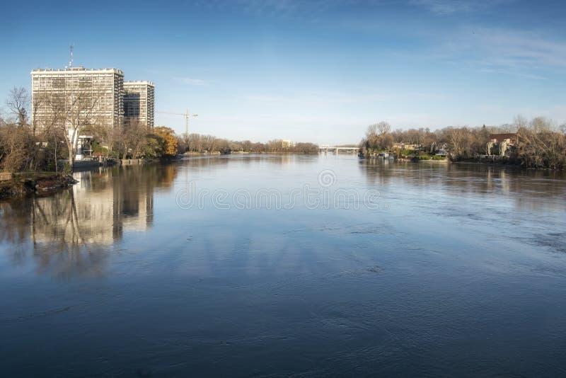 Laval visto das pradarias do DES de Rivière fotografia de stock