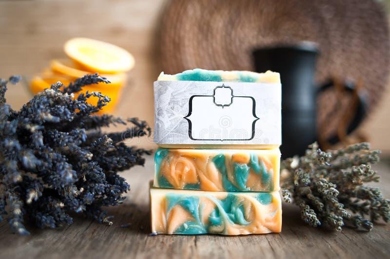 Lavanda del sapone ed arancio, fotografie stock