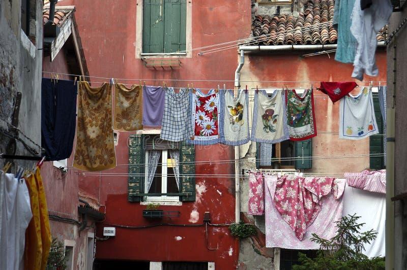 Download Lavanderia Di Secchezza, Venezia, Italia Fotografia Stock - Immagine di commerciale, tovagliolo: 7302942