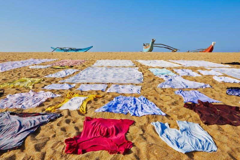 Lavanderia na praia foto de stock