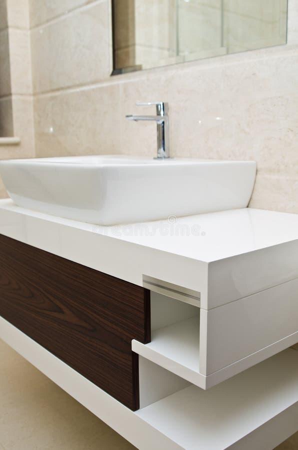 Lavandino e gabinetto del bagno immagini stock libere da diritti