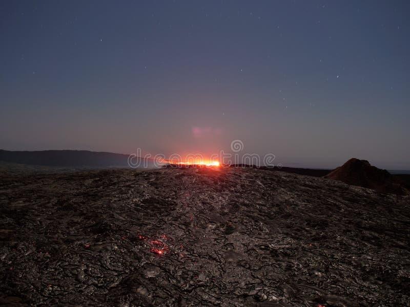 Lave湖尔塔阿雷火山在晚上 图库摄影