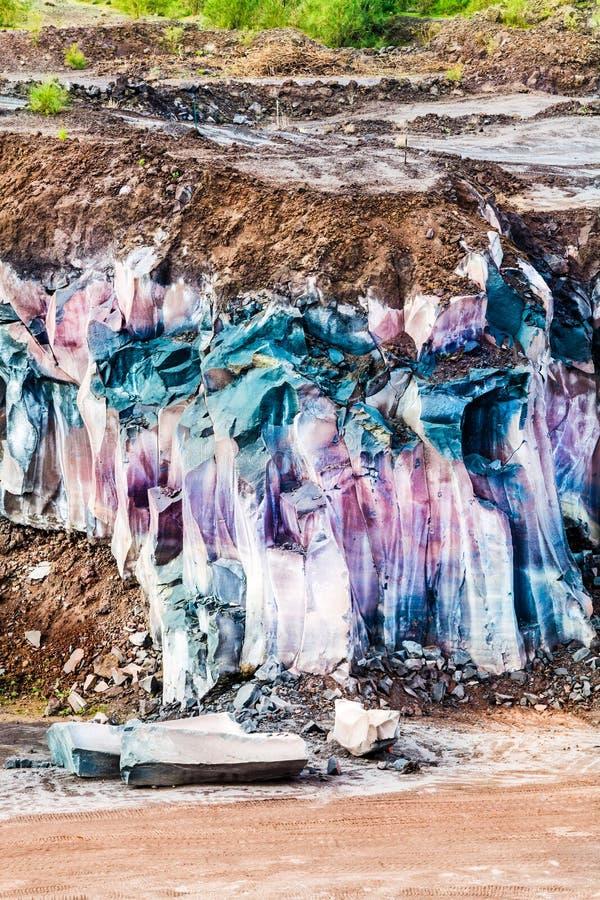 Lave de montagne Terrain posé avec le matériel géologique de roche images libres de droits