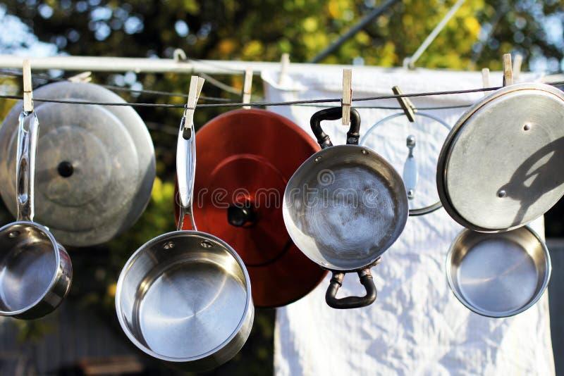 Lave-vaisselle de style ancien image libre de droits