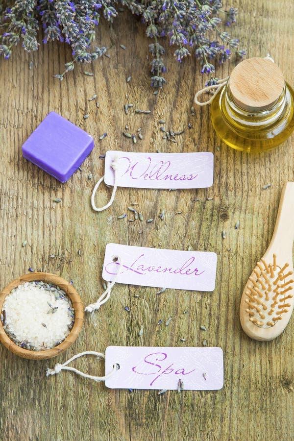Lavendel Wellness und Badekurortstillleben mit Aufklebern, Lavendel flowe lizenzfreies stockbild