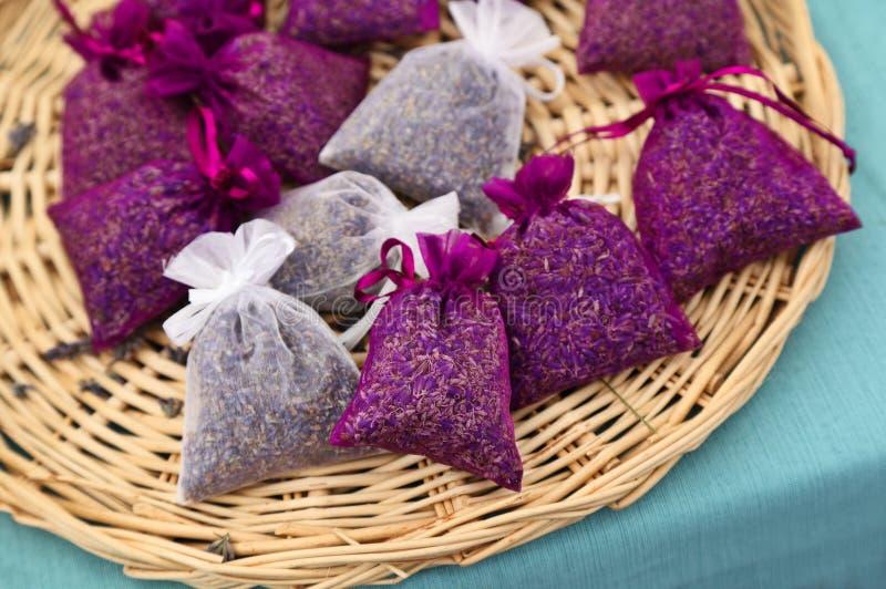 Lavendelpåsar royaltyfri fotografi
