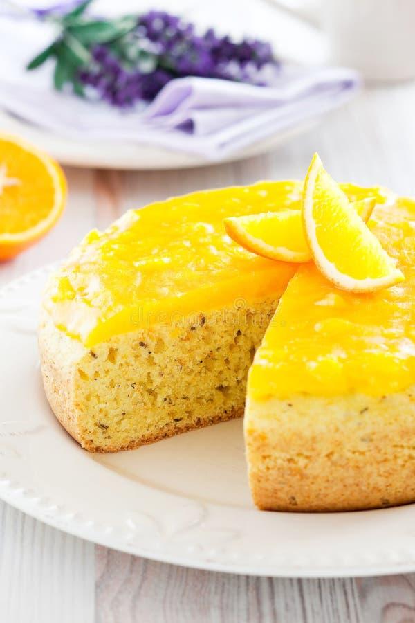 lavender κέικ πορτοκάλι στοκ εικόνες
