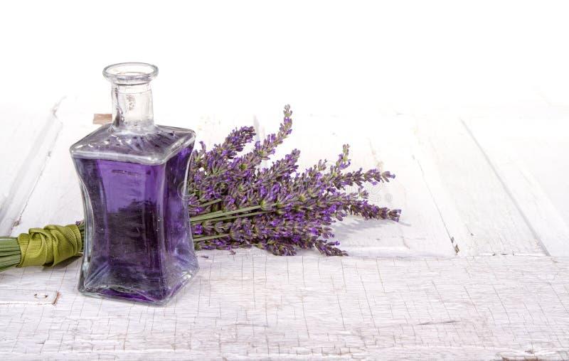 Lavender spa ακόμα ζωή στοκ εικόνα με δικαίωμα ελεύθερης χρήσης