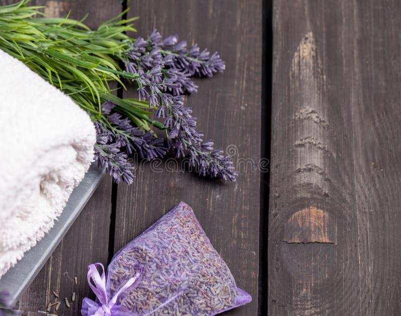 Lavender SPA τιμή τών παραμέτρων Θέμα Wellness με lavender τα προϊόντα στοκ εικόνες