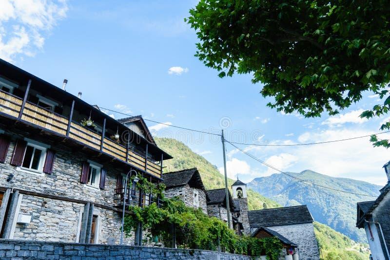 Lavertezzo, Verzasca-Vallei, Ticino, Zwitserland royalty-vrije stock foto