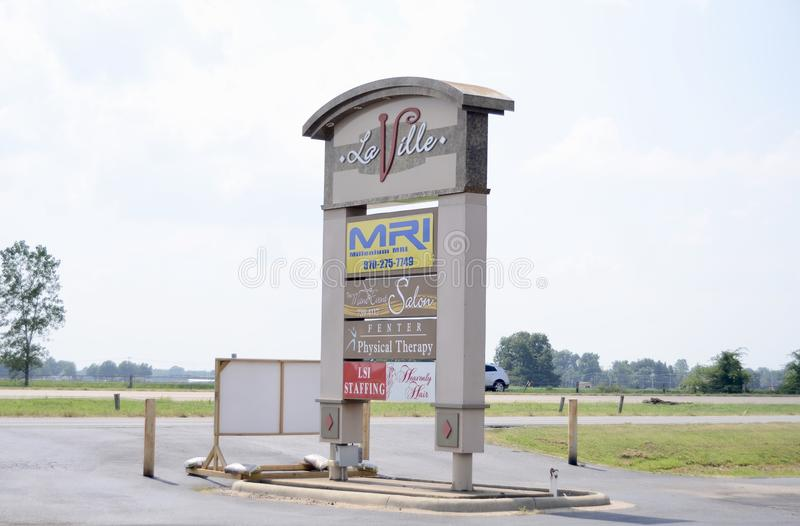 Laville affärsmitt, Marion, Arkansas royaltyfri bild