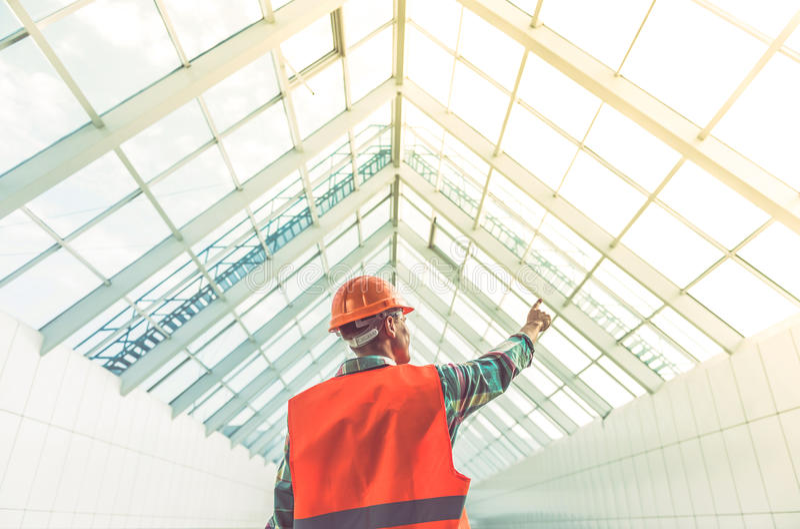 Lavoratori di industria dell'edilizia immagine stock