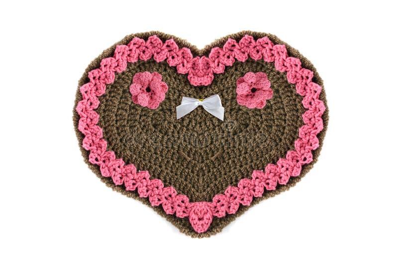 Lavori all'uncinetto il regalo del giorno di biglietti di S. Valentino di forma del cuore del pan di zenzero con lo PS della copi fotografia stock