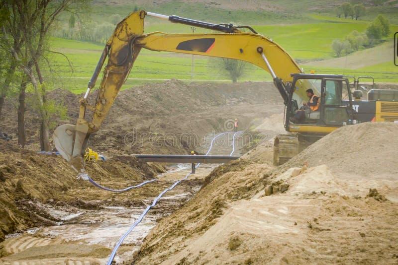 Lavori di costruzione sull'installazione della conduttura Installazione e costruzione del gasdotto fotografie stock