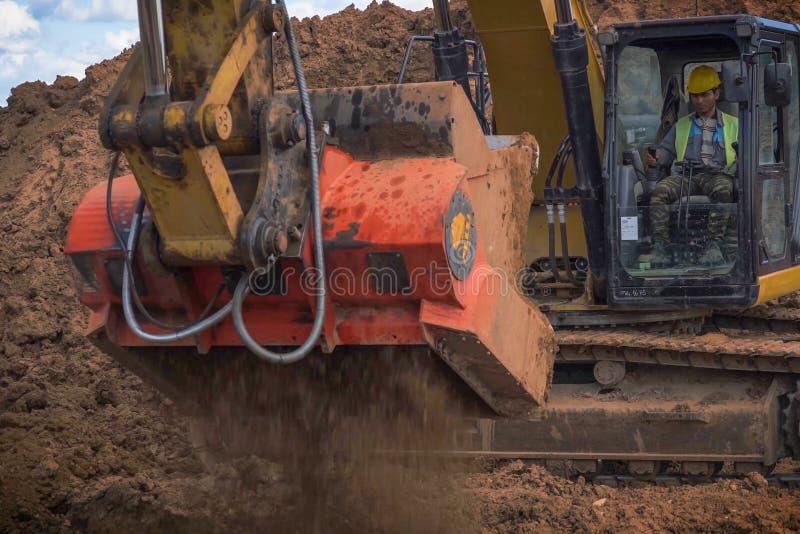 Lavori di costruzione sull'installazione della conduttura Installazione e costruzione del gasdotto fotografia stock libera da diritti