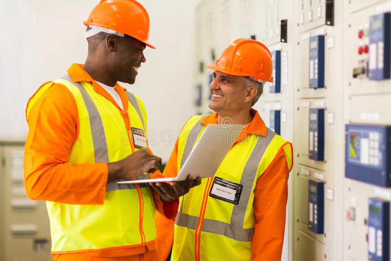 Lavoro degli ingegneri industriali immagine stock
